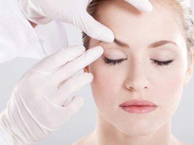 جراح زیبایی پلک